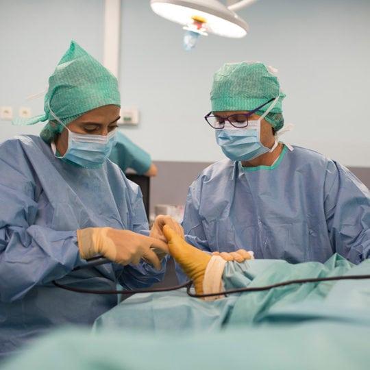 chirurgie-percutannee-1-centre-du-pied-Marseille-chirurgien